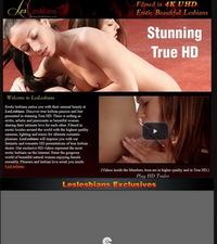 Les Lesbians Review